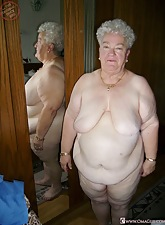 Chunky Bristols granny handy digs enjoys a develop into be fitting of pastime